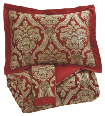Signature Design by Ashley King Comforter Set
