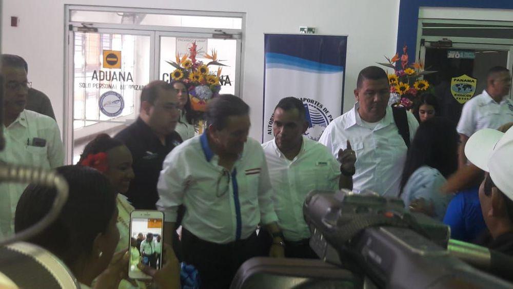 Cortizo pide a funcionarios trabajar: 'quien no lo entienda sa va para su casa'