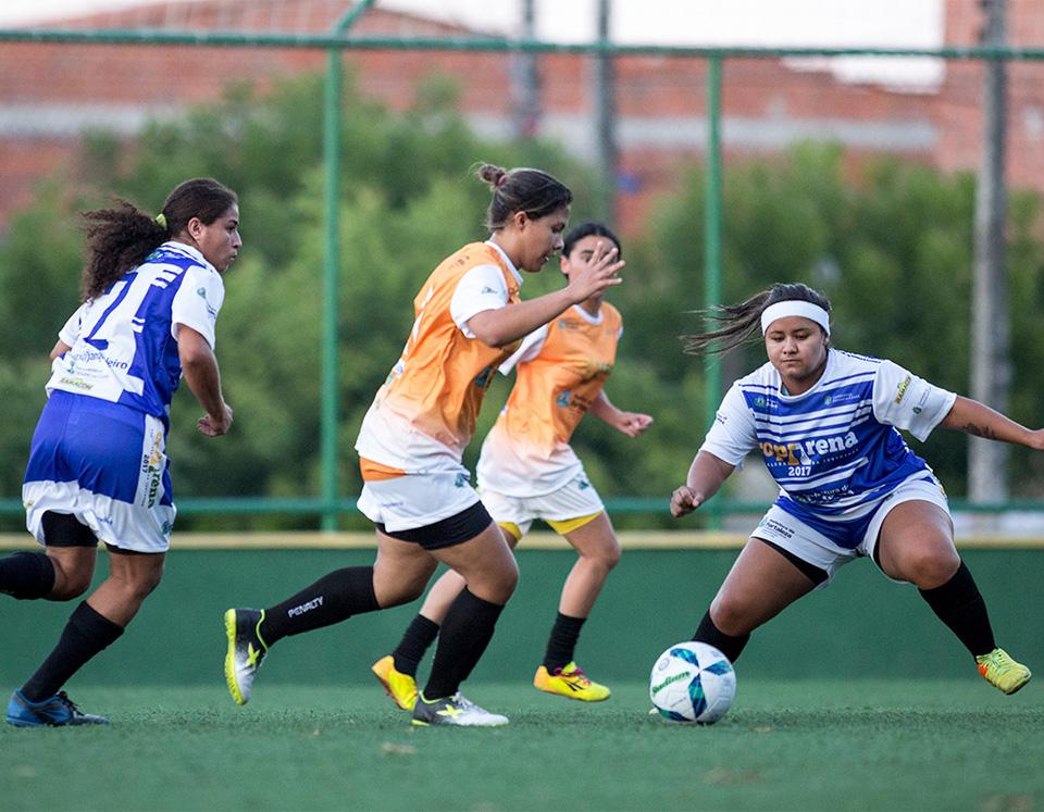 Definidas equipes campeãs das regionais no feminino