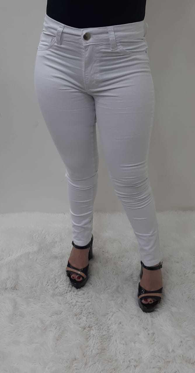 Calça Feminina Reta Branca com Elastano REF: 1050 | Kit com 12 Peças