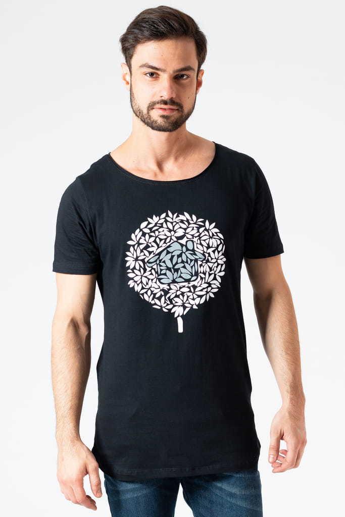 Camiseta Longline Gola Canoa Logo KSA Preta