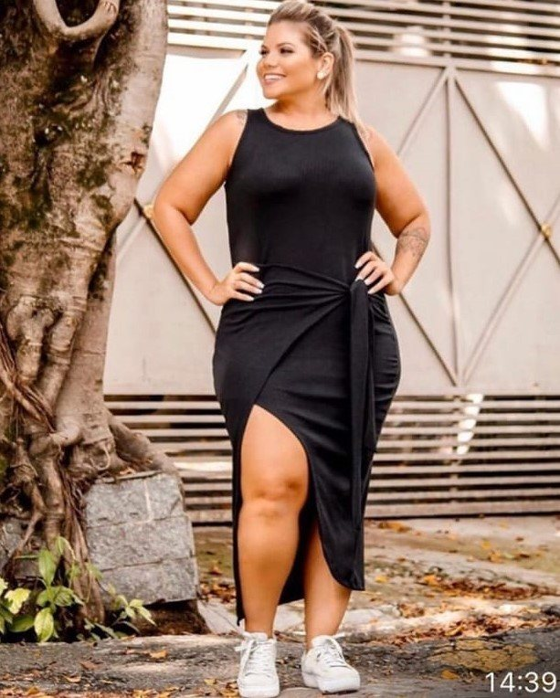 Vestido Plus Size Canelado de Amarrar Transpassado