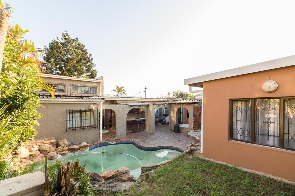 5 Bedroom House For Sale in Musgrave