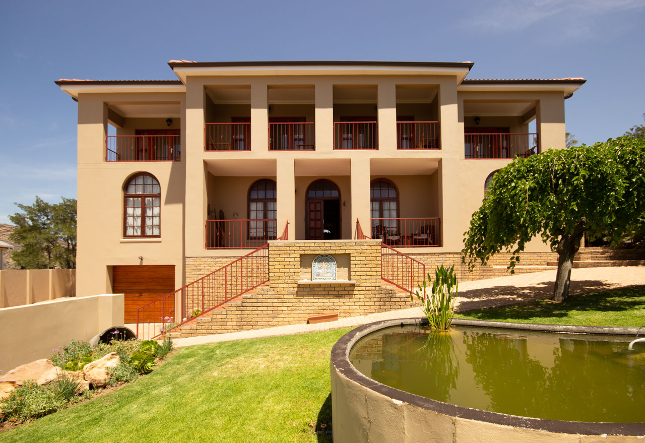 5 Bedroom House For Sale in Montagu