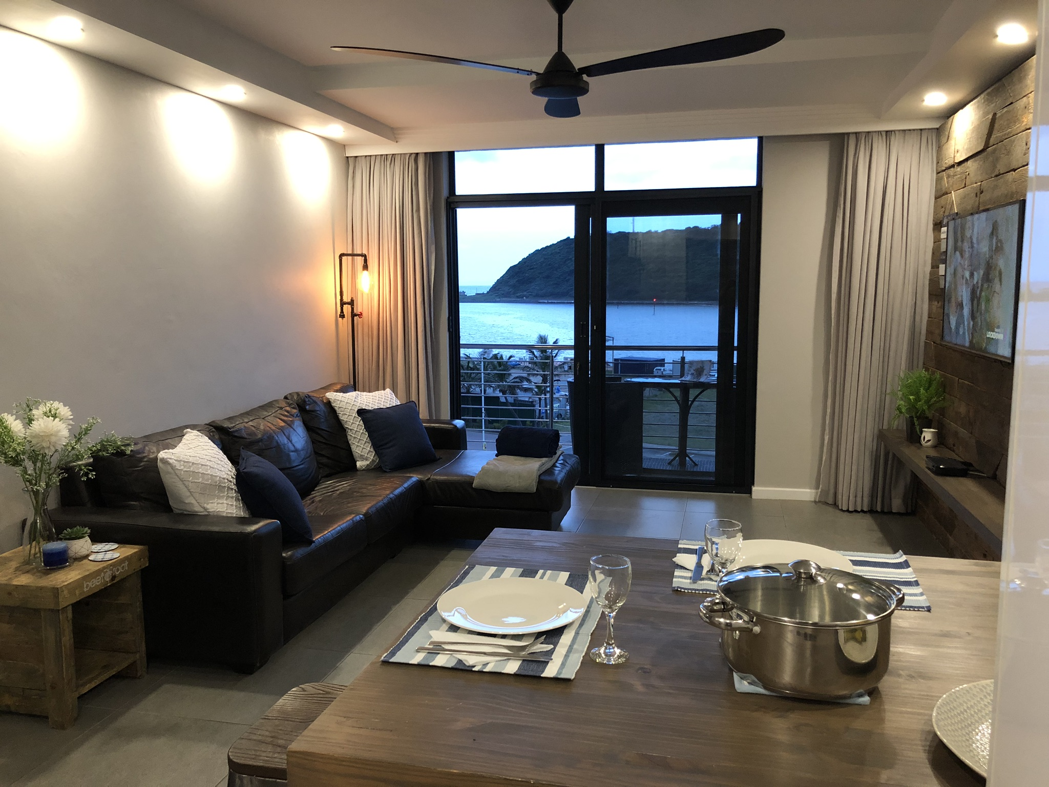 1 Bedroom Apartment For Sale in Point Waterfront