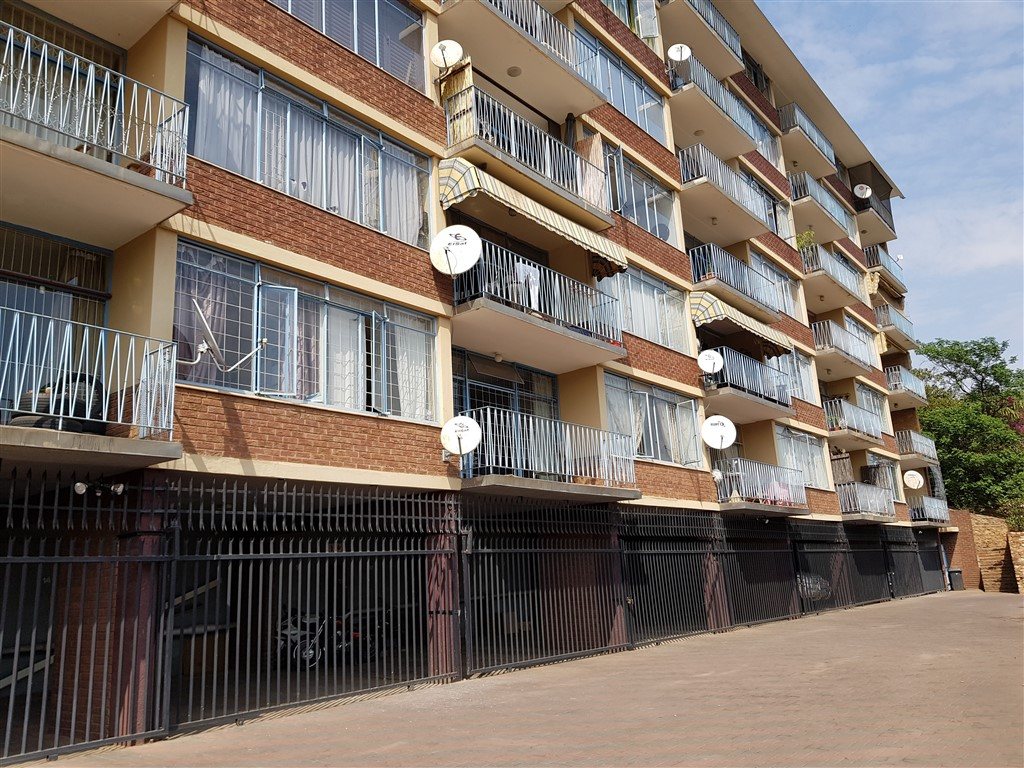 3 Bedroom Apartment For Sale in Villieria
