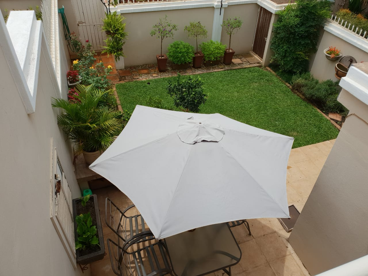 3 Bedroom Townhouse For Sale in Hatfield