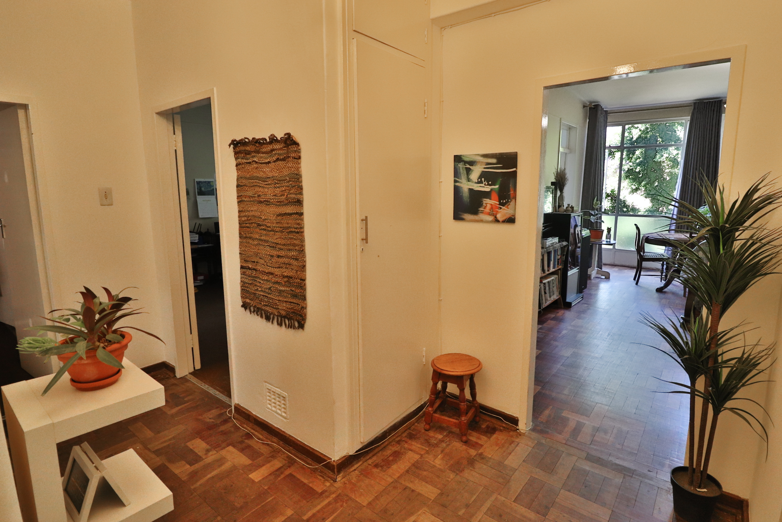 3 Bedroom Apartment For Sale in Hatfield
