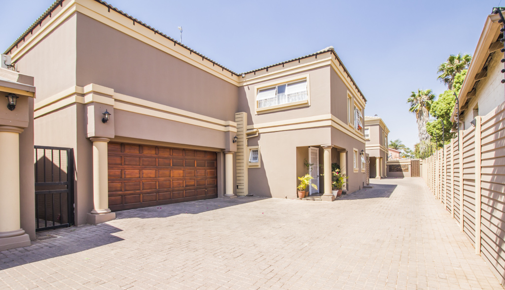 3 Bedroom Townhouse For Sale in Villieria