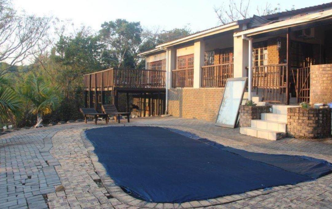 3 Bedroom House For Sale in Umtentweni