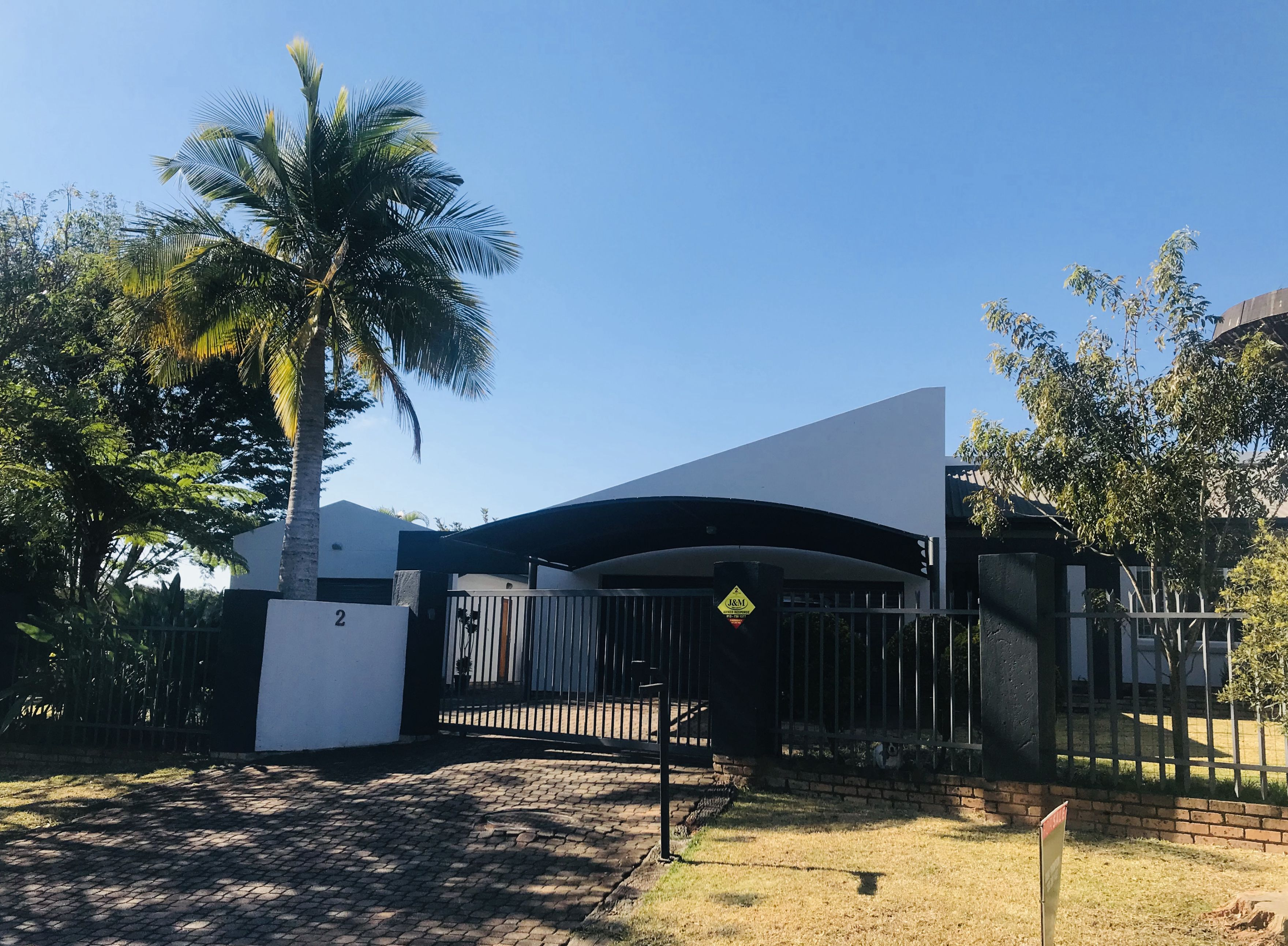 5 Bedroom House For Sale in White River Ext 18