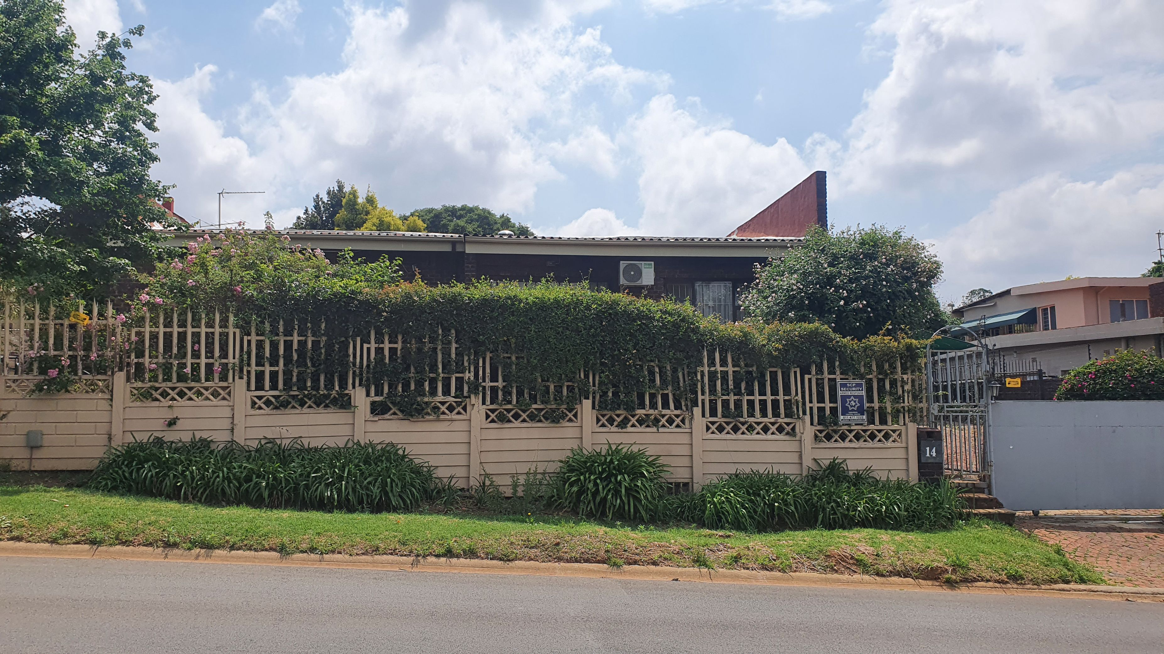 4 Bedroom House For Sale in Waterval Estate