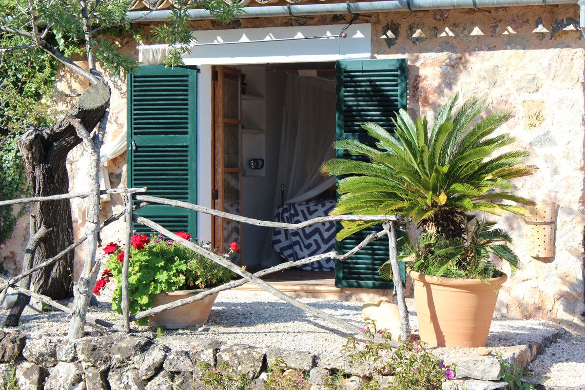 Images of Cosy holiday Casita with saltwater pool... real estate property