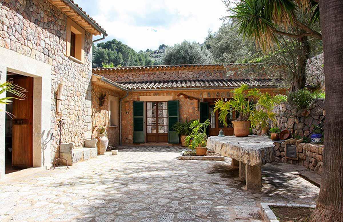 Imágenes de la propiedad inmobiliaria de Casa de campo típica mallorquina...