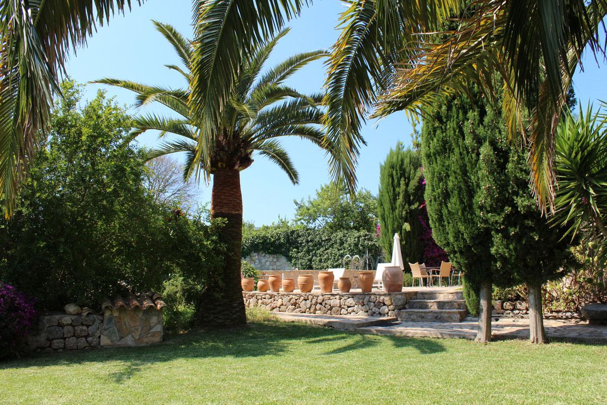 Images de la propriété immobilière de Dans un endroit ensoleillé avec une vue magnifique...