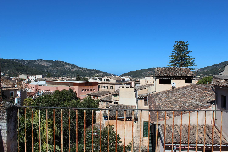 Imágenes de la propiedad inmobiliaria de La mejor ubicación comercial de Sóller...