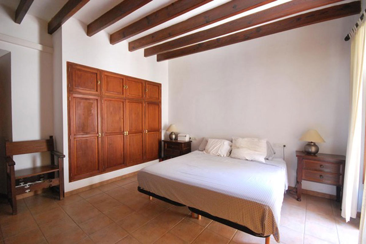 Images of Cosy townhouse in central location of Sóller... real estate property