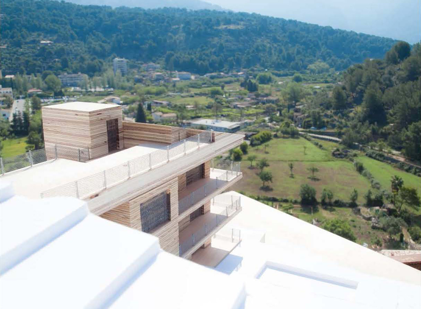 Images of Modern design and stunning views real estate property