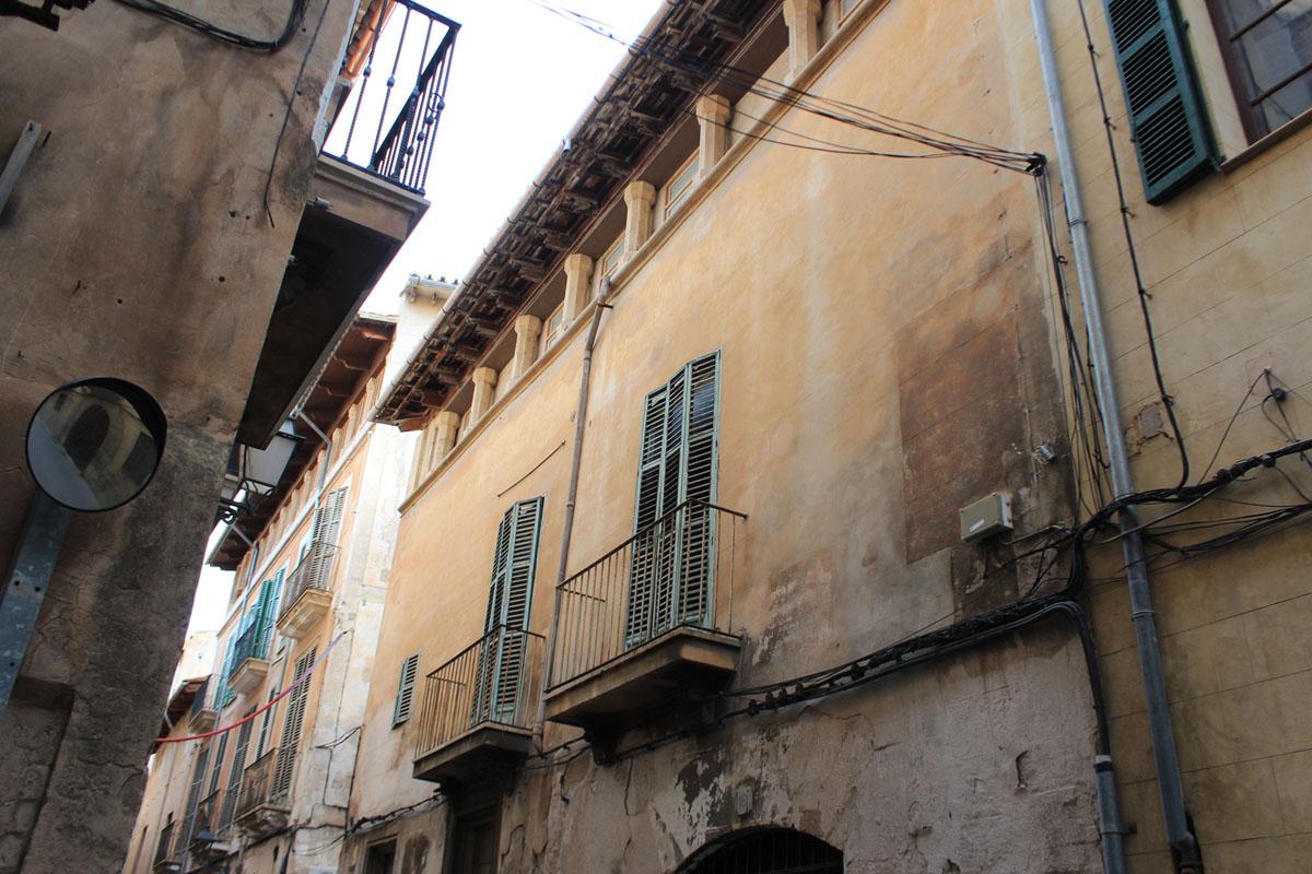 Image de Maison historique dans le centre...