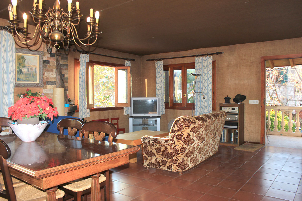 Images of Detached family home in Valldemossa... real estate property