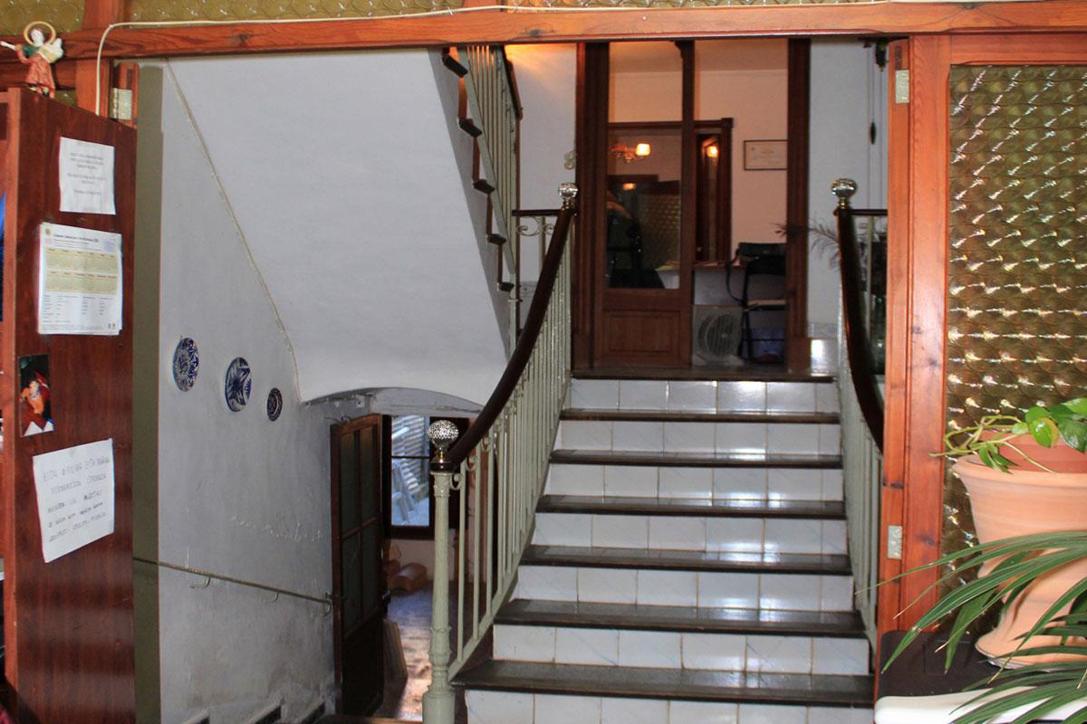 Immobilien Bilder von Stadthaus mit gewerblicher Nutzung...