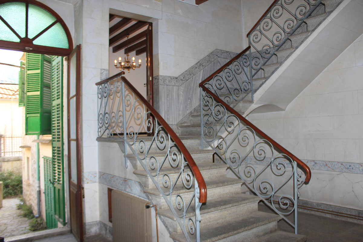 Images of Elegant townhouse with lots of charm... real estate property