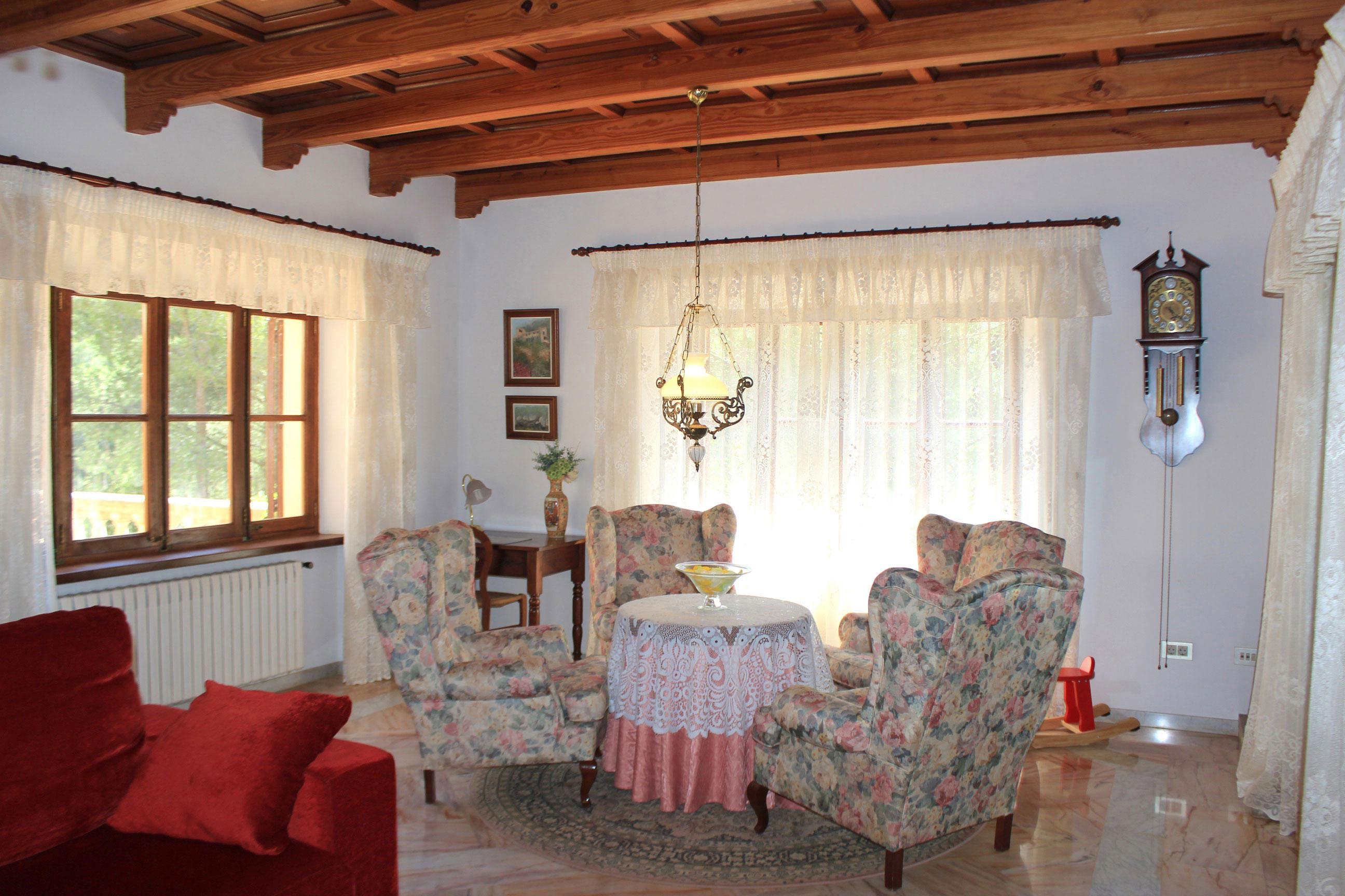Imágenes de la propiedad inmobiliaria de Mucho espacio para una gran familia...