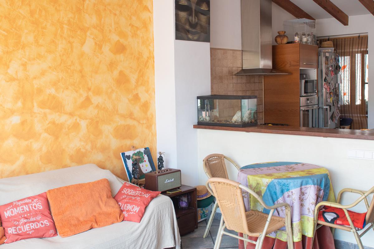 Images de la propriété immobilière de Surélevée avec une vue digne de vacances...