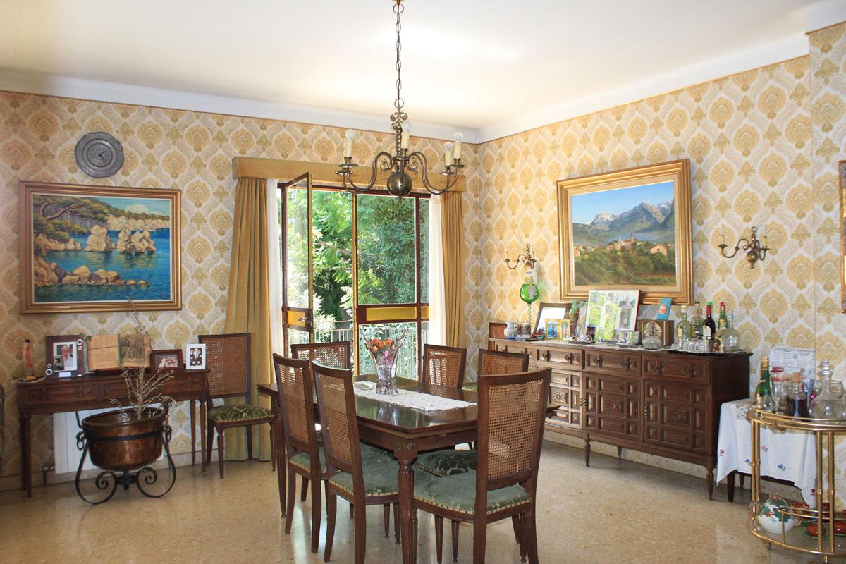 Images de la propriété immobilière de Maison des années 60...