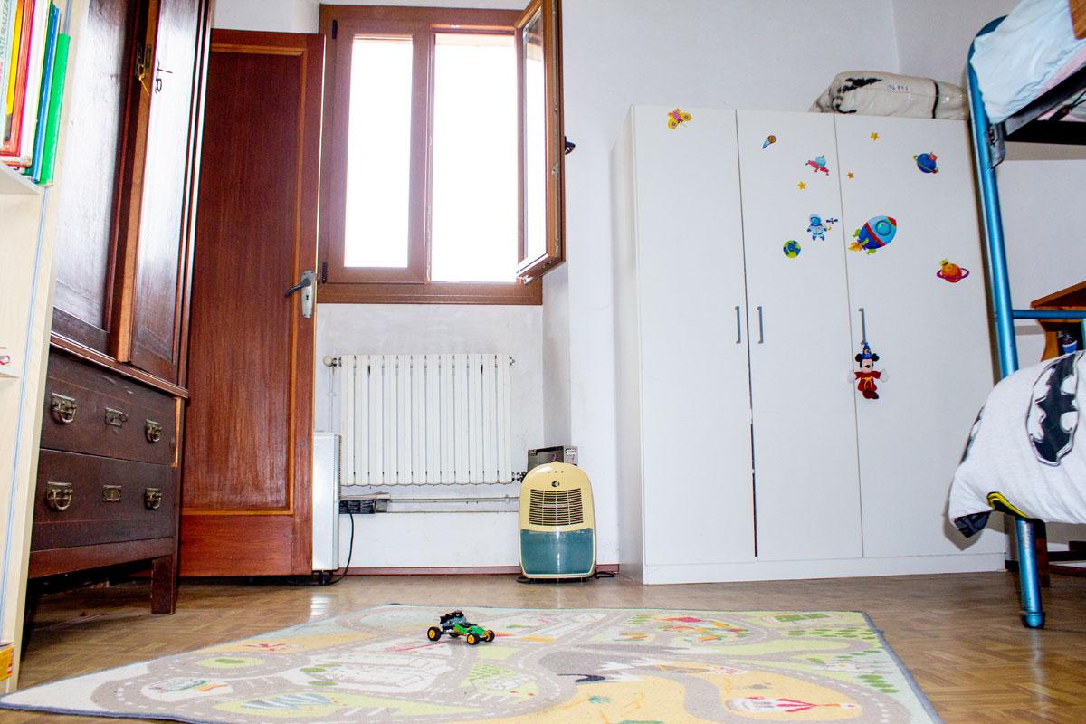 Immobilien Bilder von Freistehendes Haus mit Garten...