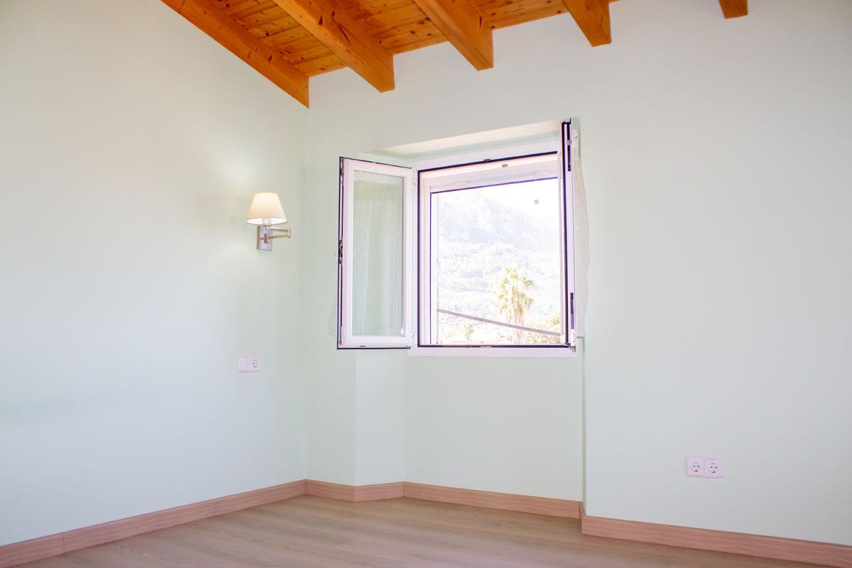 Images de la propriété immobilière de Dans un lieu ensoleillé et idyllique...