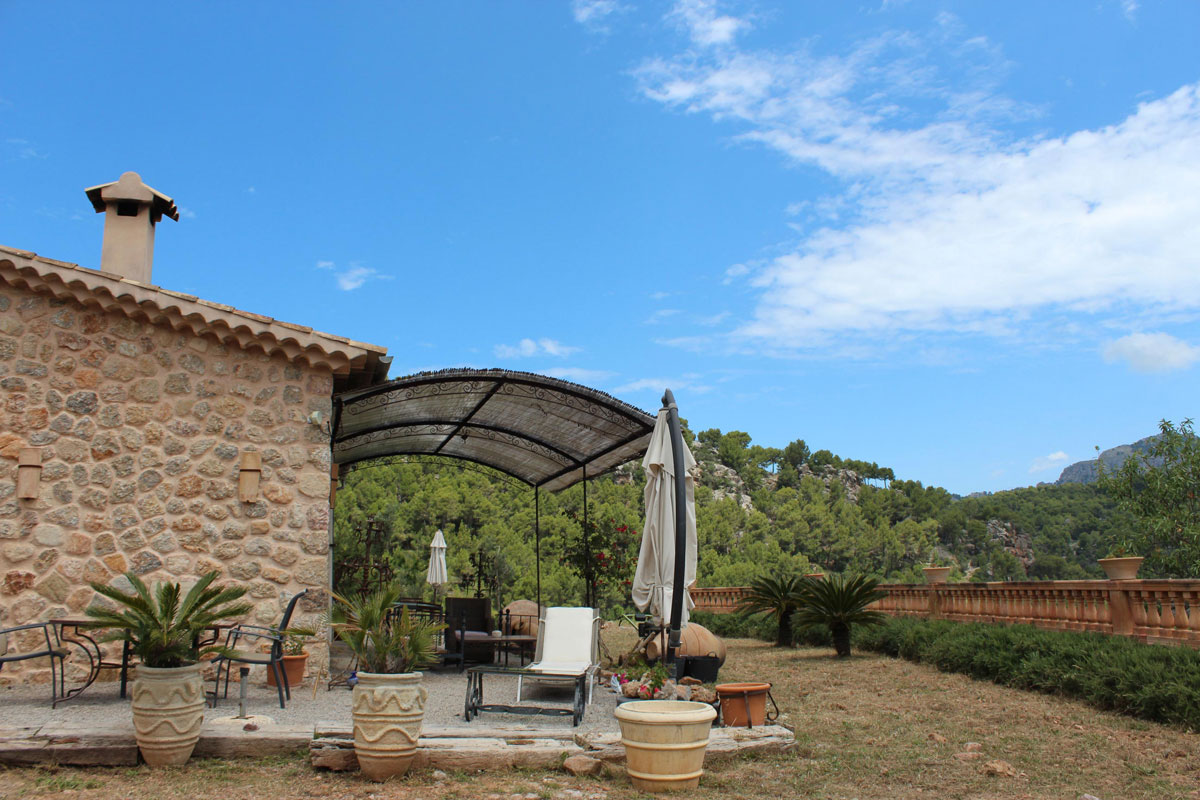 Images of Sun, views and peace... real estate property