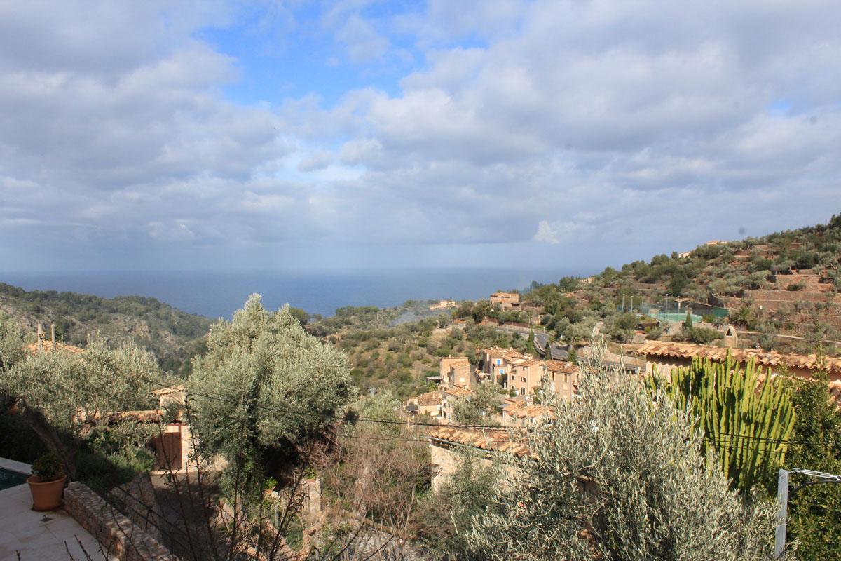 Bild von Einfamilienhaus in dem idyllischen Dorf Deià...