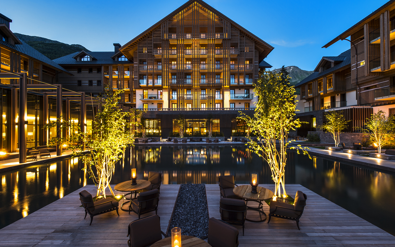 The Chedi Andermatt-The Courtyard_GHM RetoGuntli.jpg
