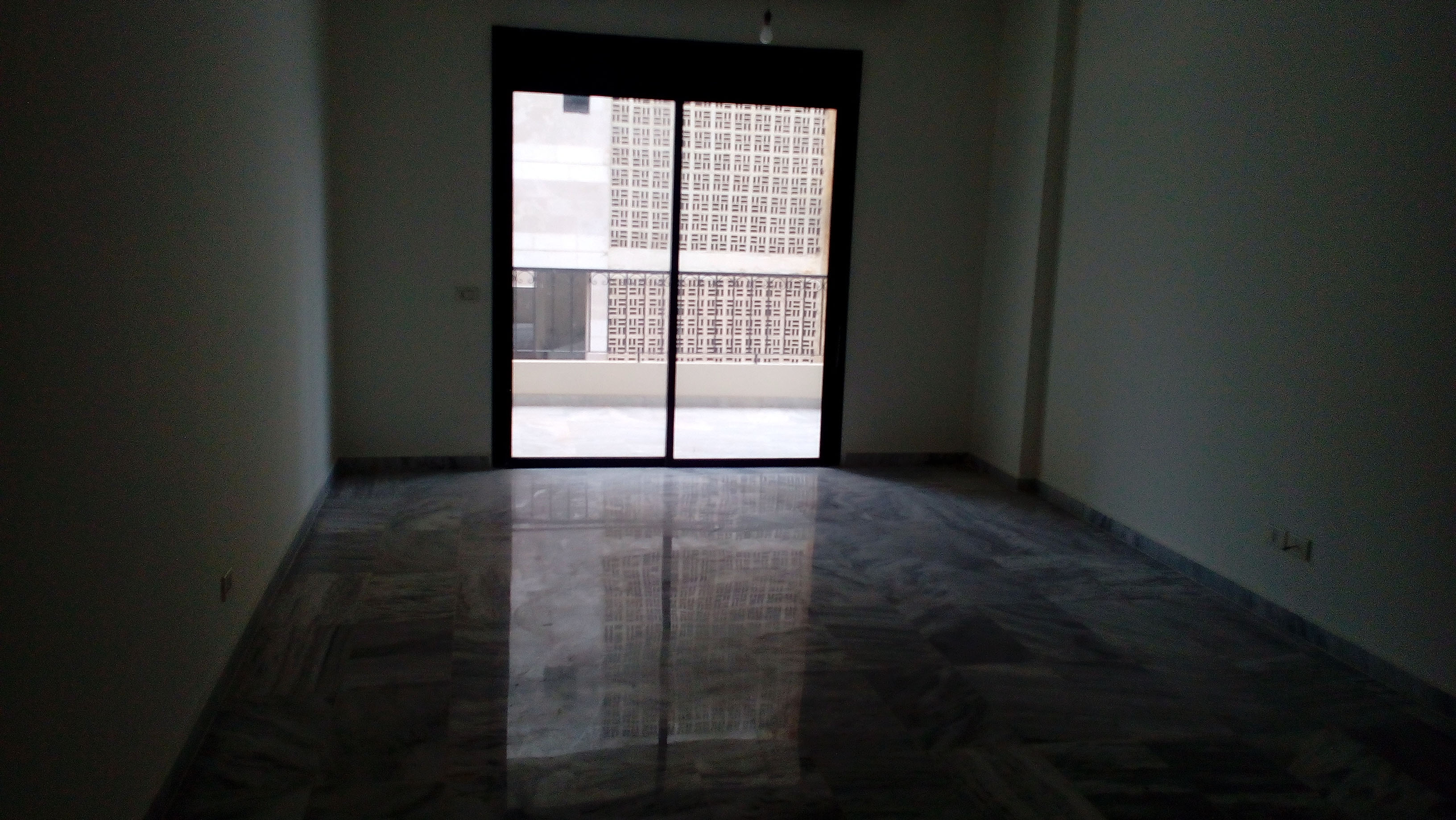 2-Bedroom Apartment for sale in Mansourieh