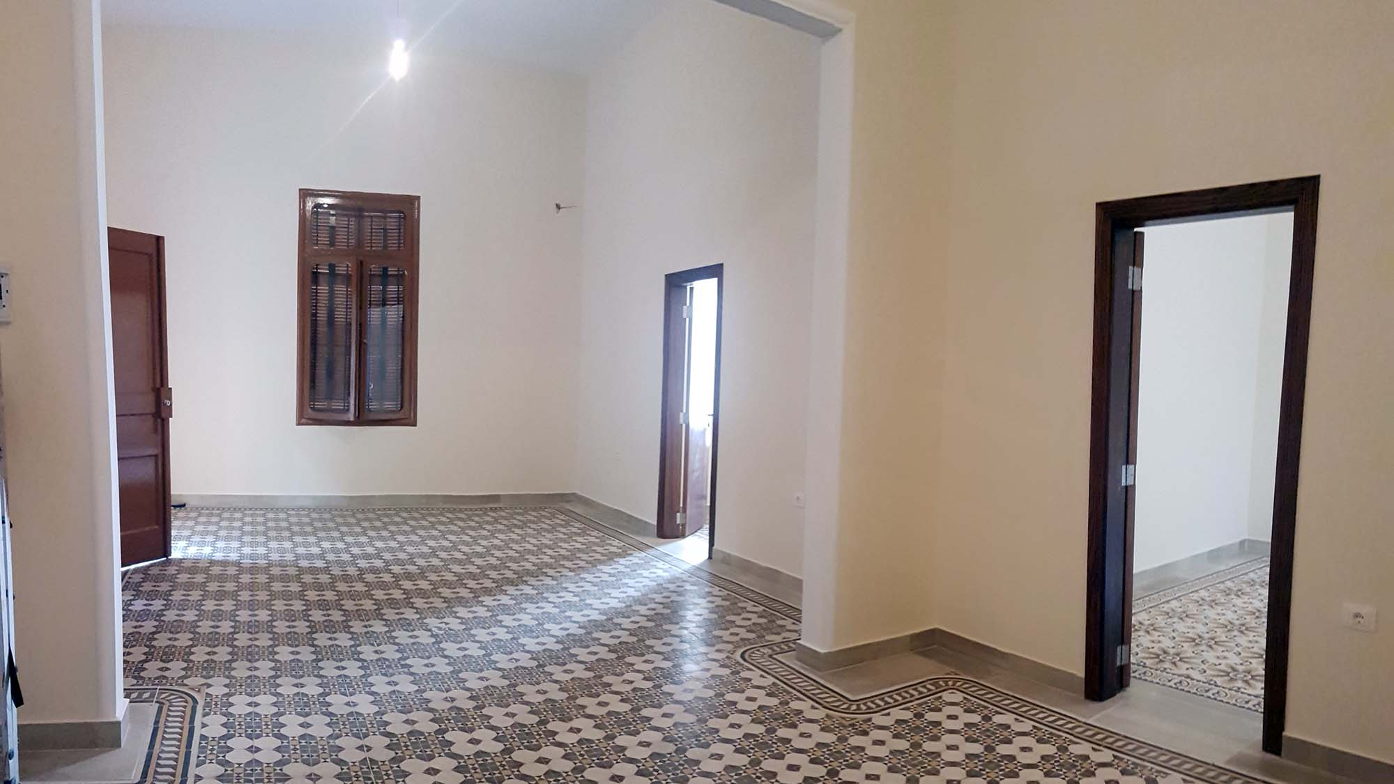 Hurry up And Get Your Apartment For Sale on One of the lovely Stairs in Achrafie