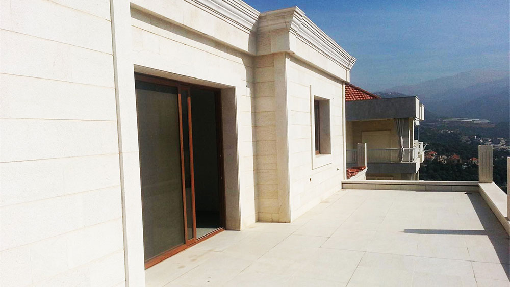 Modern Villa For Sale In Ballouneh