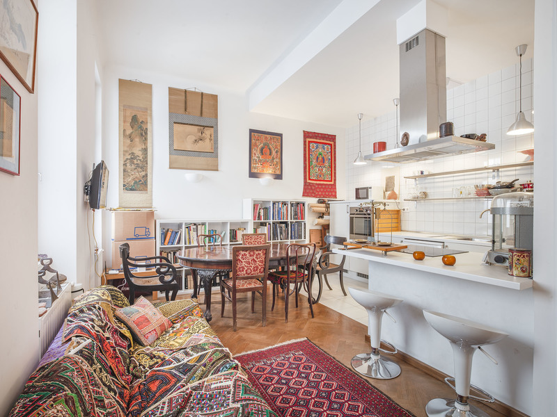 3 Room Apartment For Sale in Budapest VI. District