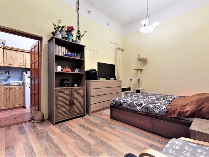 1 Room Apartment For Sale in Budapest VI. District