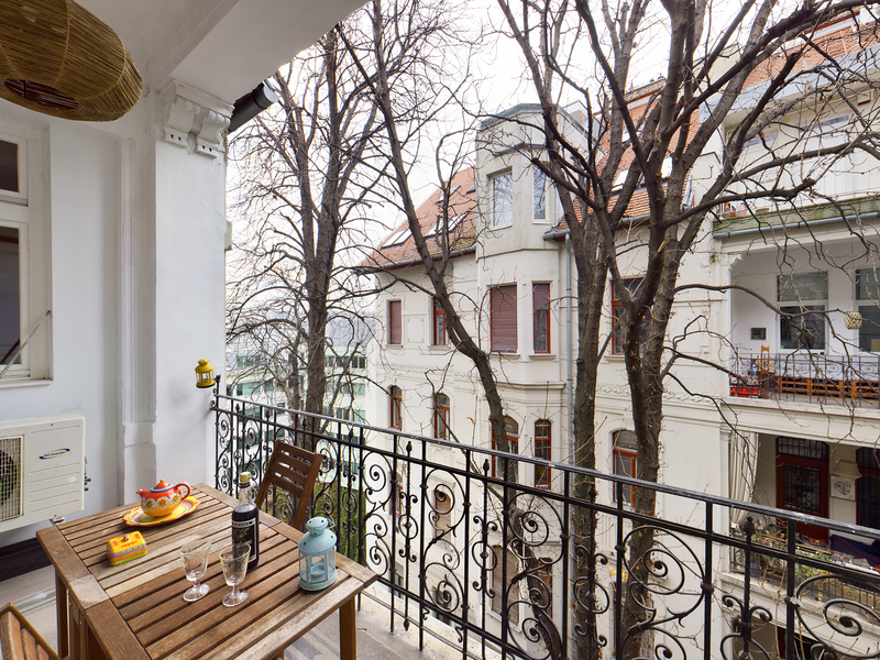 3 Room Apartment For Sale in Budapest I. District
