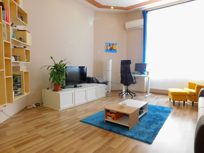 2 Room Apartment For Sale in Budapest XIII. District