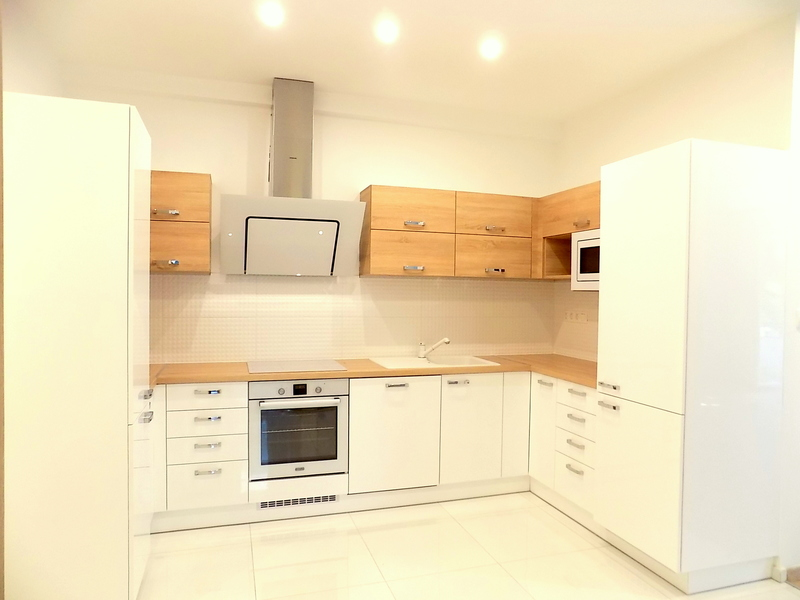 3 Room Apartment To Rent in Budapest XII. District