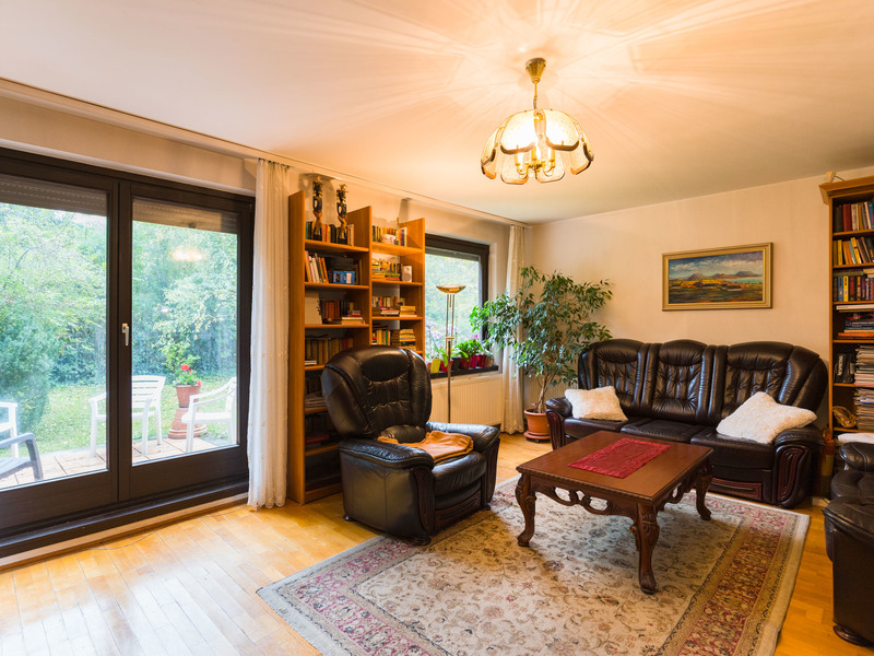 5 Room House For Sale in Budapest III. District