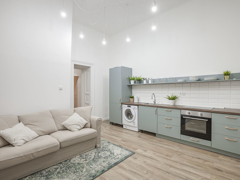 6 Room Apartment For Sale in Budapest VIII. District