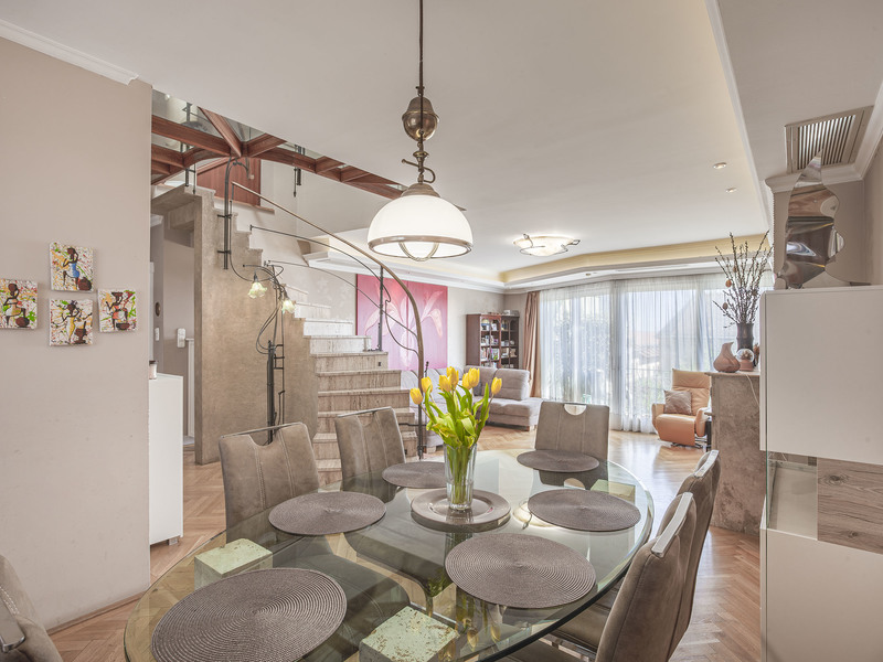 4 Room Apartment For Sale in Budapest II. District