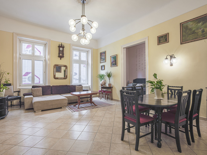 3 Room Apartment For Sale in  Budapest
