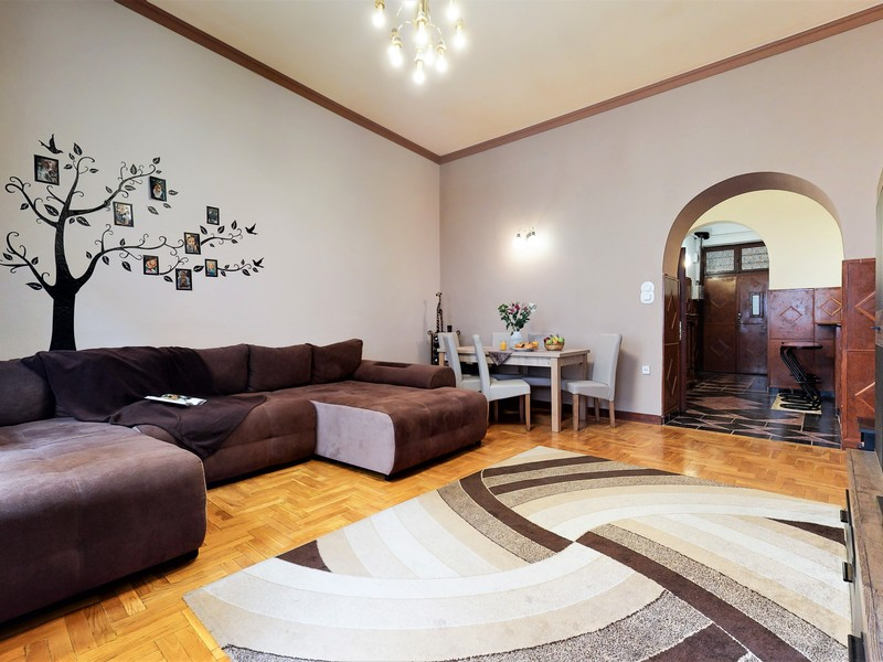 4 Room Apartment For Sale in Budapest IX. District