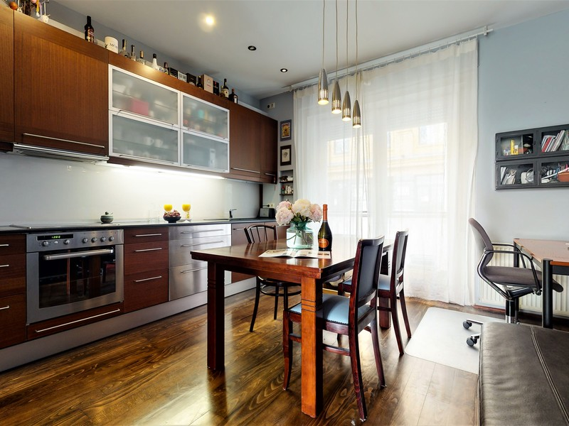 2 Room Apartment For Sale in Budapest I. District