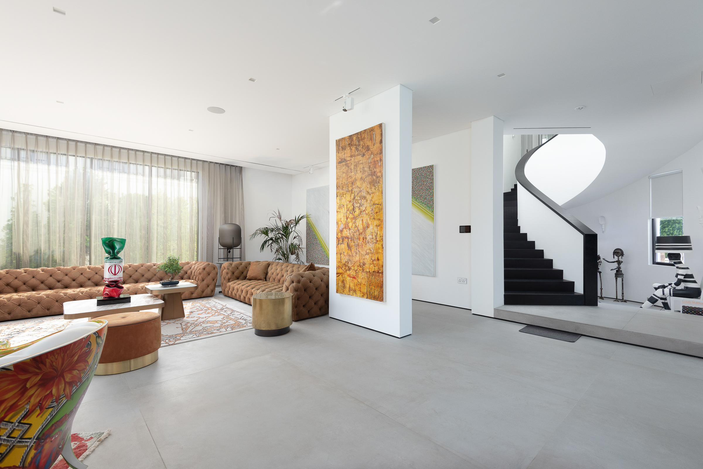 Fully Upgraded Unique Modern Villa on the Palm
