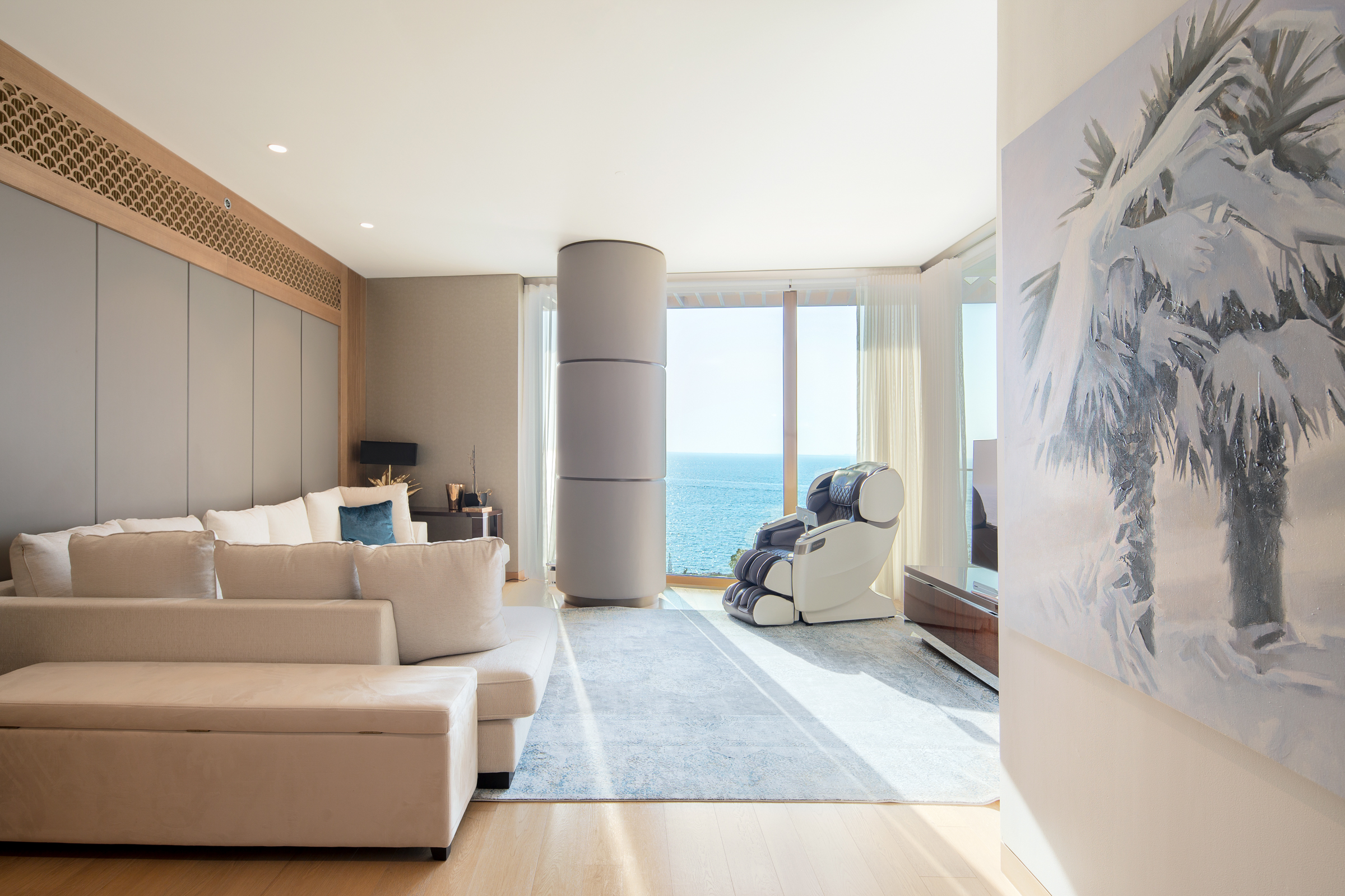 Luxury Fully Furnished 3 Bedroom Apartment